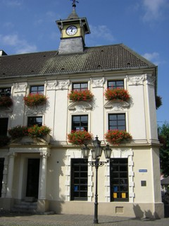 Rathaus in St. Tönis