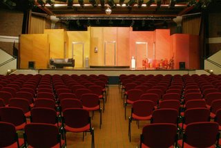 Interested in theatre? You may go and see a play in the Forum Corneliusfeld.